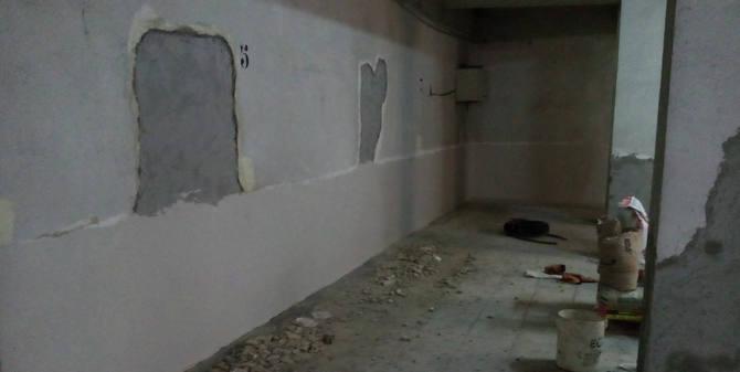 Reparación de filtraciones de agua en un garaje
