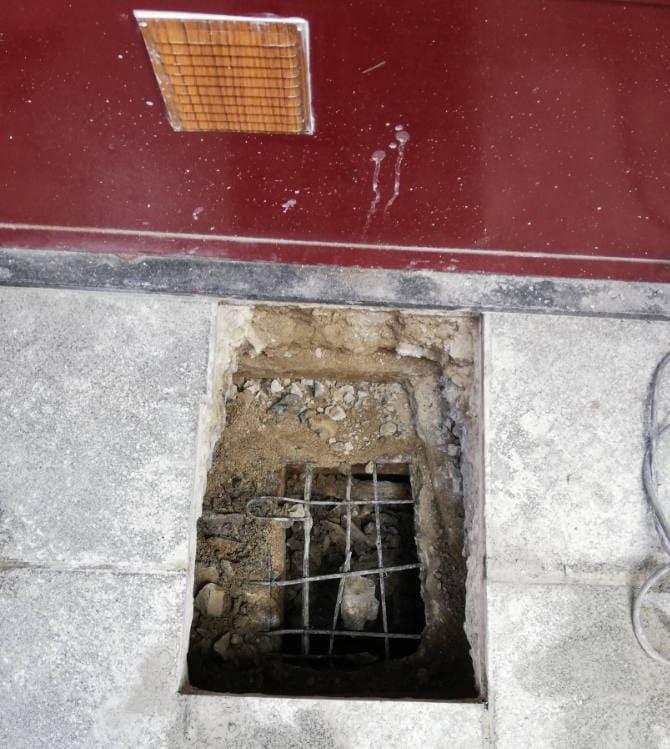 Obra para acceder al saneamiento oculto
